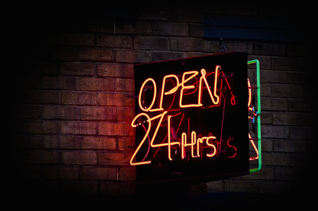 Eradium eCommerce support - open 24 /7